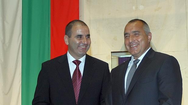 Cvetanov_Borisov_smeqt_se_BG_flag