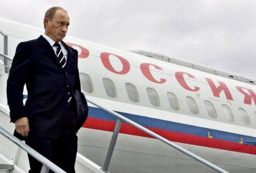 Putin_sliza_ot_samolet_500