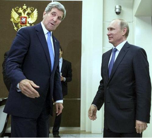 Putin_se_rakuva_s_Keri_v_So4i