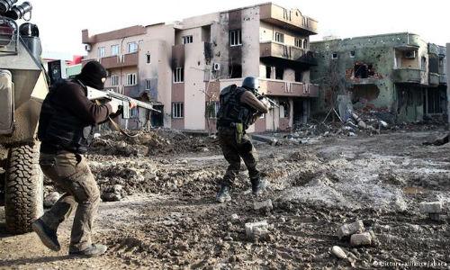 kurdski_grad_Sirnak_razru6en_turci_napadat