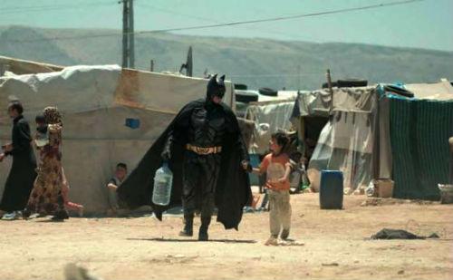 Batman_v_Siria_bejanski_lager