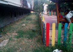 Десетки ОПАСНИ ДЕТСКИ ПЛОЩАДКИ във Варна, под терасите на блоковете …. Родители са подали десетки ЖАЛБИ в кметствата, ОТГОВОР …. СНИМКИ